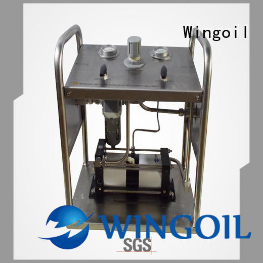 Safety portable hydrostatic test pump in high-pressure for onshore