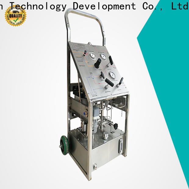 Wingoil hand pump tester company for offshore